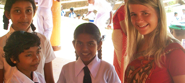 volunteer in srilanka