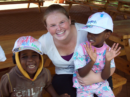volunteer reviews for kenya- Sarah Hodgins