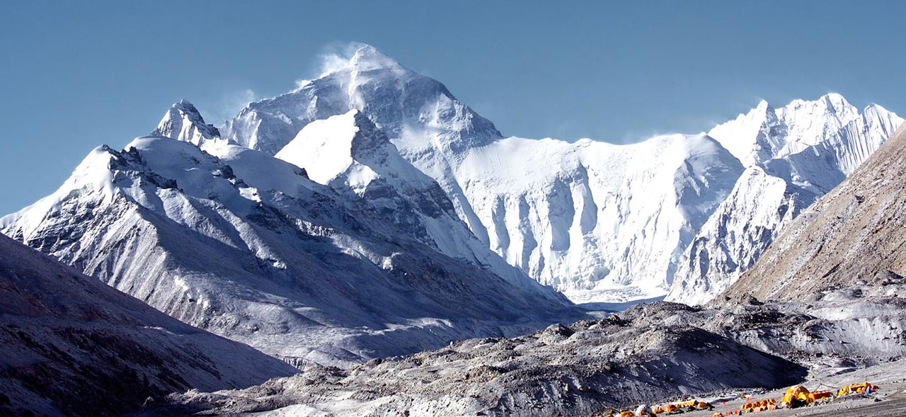 everest base camp trekking in january